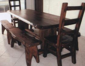 Tavolo e sedie – Novità