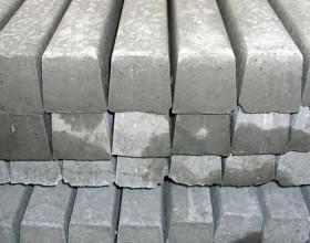 Pali in Cemento